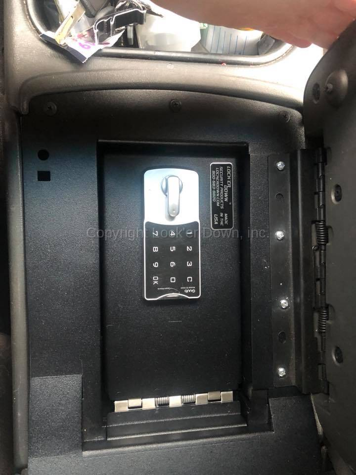 Console Safe 2003 to 2006 Chevrolet Avalanche, Silverado ...