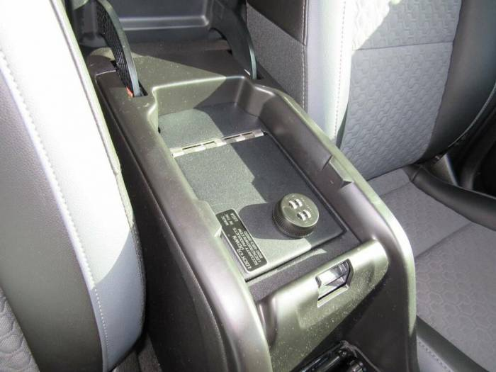 Lock'er Down® - Console Safe 2015 to 2018 Chevrolet Colorado / GMC Canyon LD2052